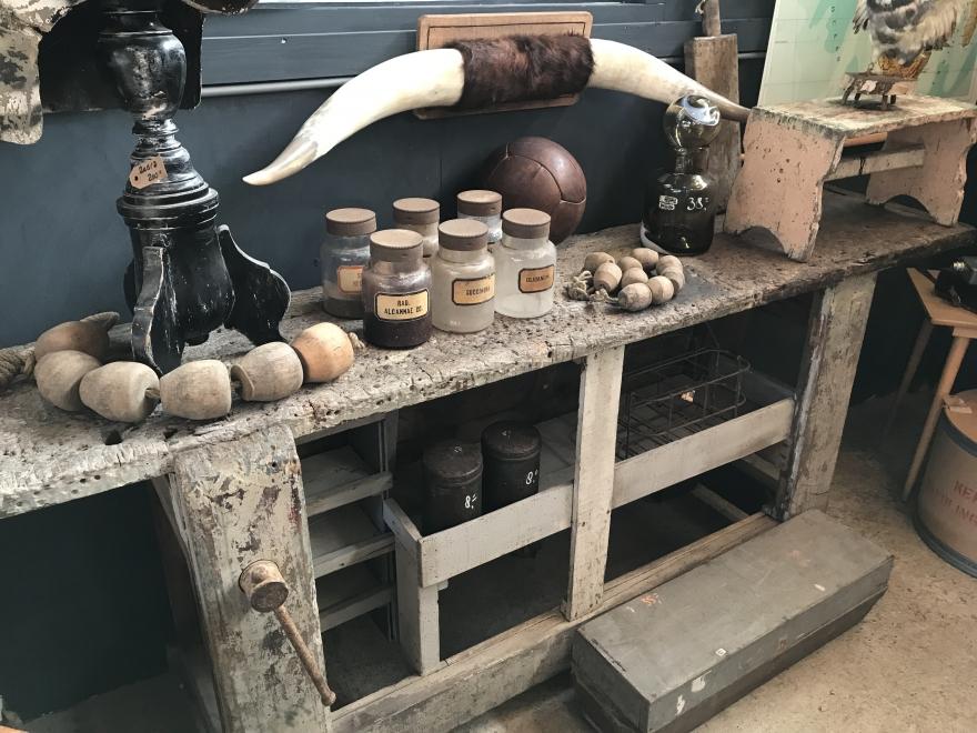 Bij-dehand Vintage en industrieel